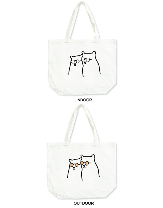The coolest bears in town, Changeable color tote bag