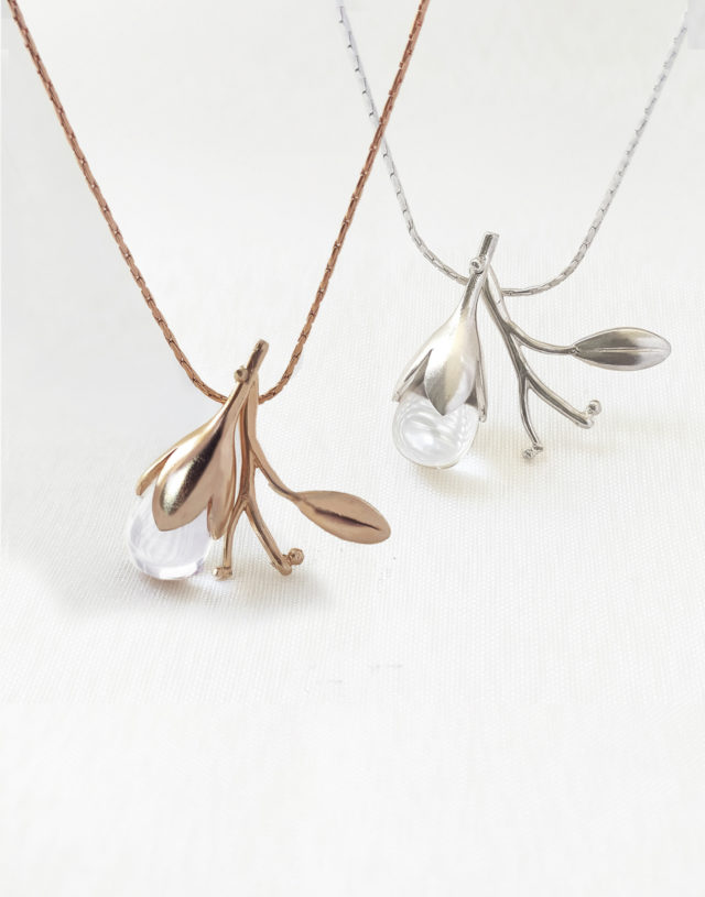 Morning Dew Silver Necklace